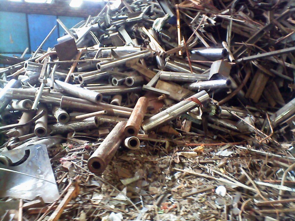 sắt thép phế liệu dồn dập về Việt Nam